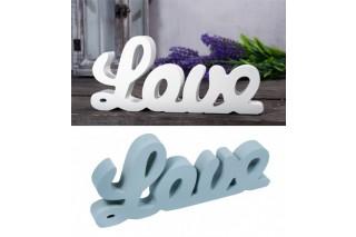 """Napis """"LOVE"""""""